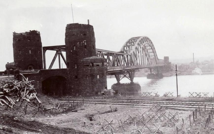 Ludendorff Bridge Remagen 1945 by Wikimedia